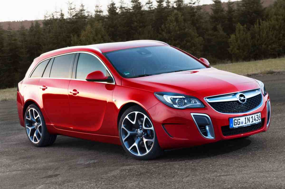 opel-insignia-opc-facelift-revealed-ahead-of-frankfurt-debut-65714_1