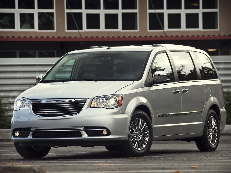 town and country-Chrysler-.jpg