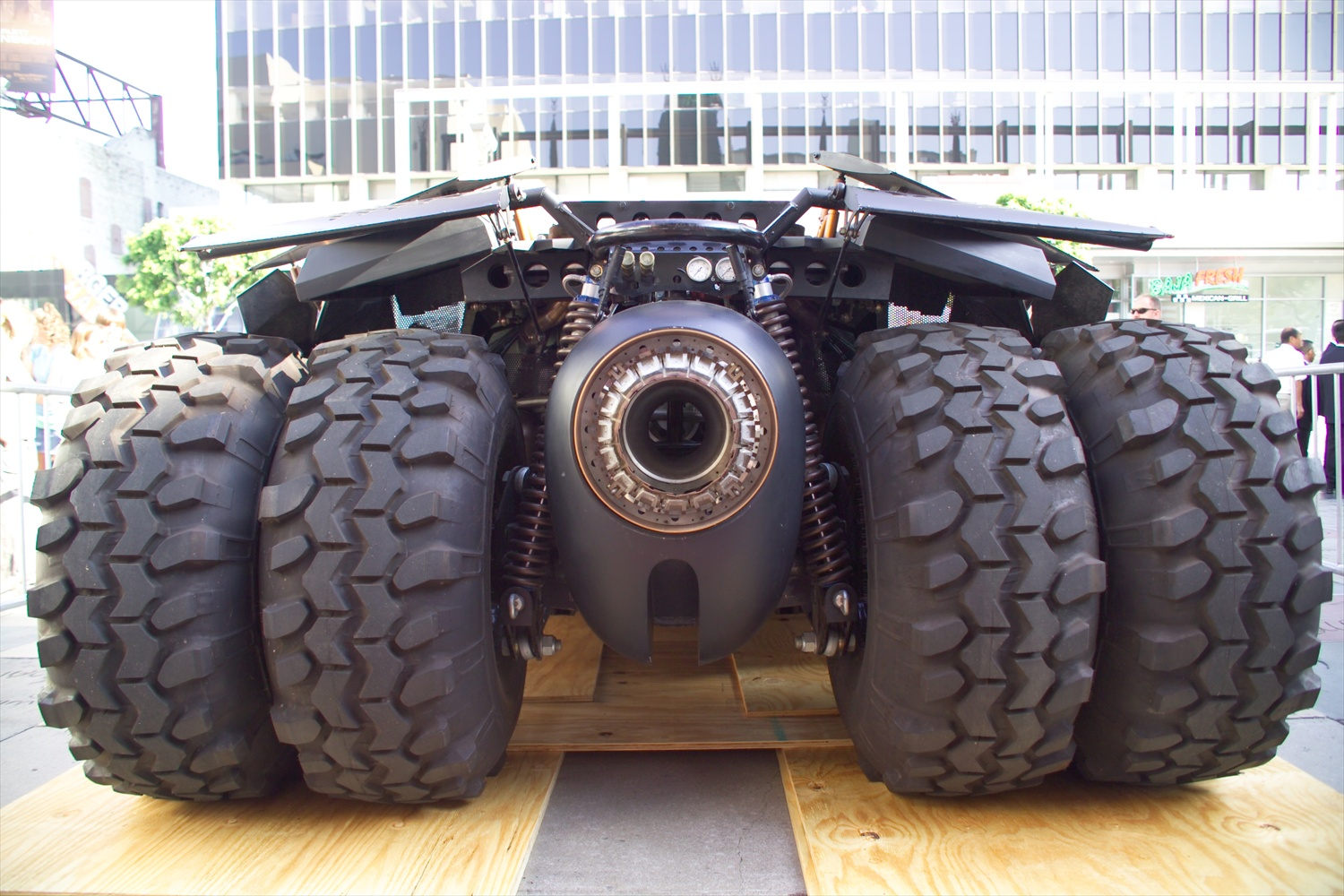 Batman_Begins_Batmobile2aaaaaaaaaaaaaaaaa