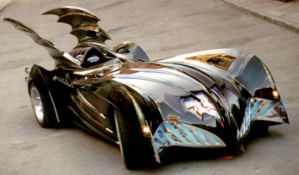 Batmobile_Batman-Robin