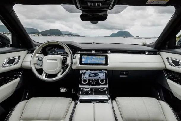 2021 Range Rover Velar Interior and Tech