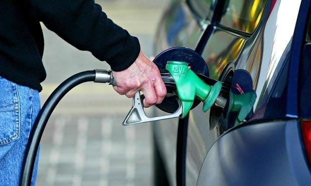 معتقدات خاطئة جديدة عن استهلاك البنزين .. لا تصدقها