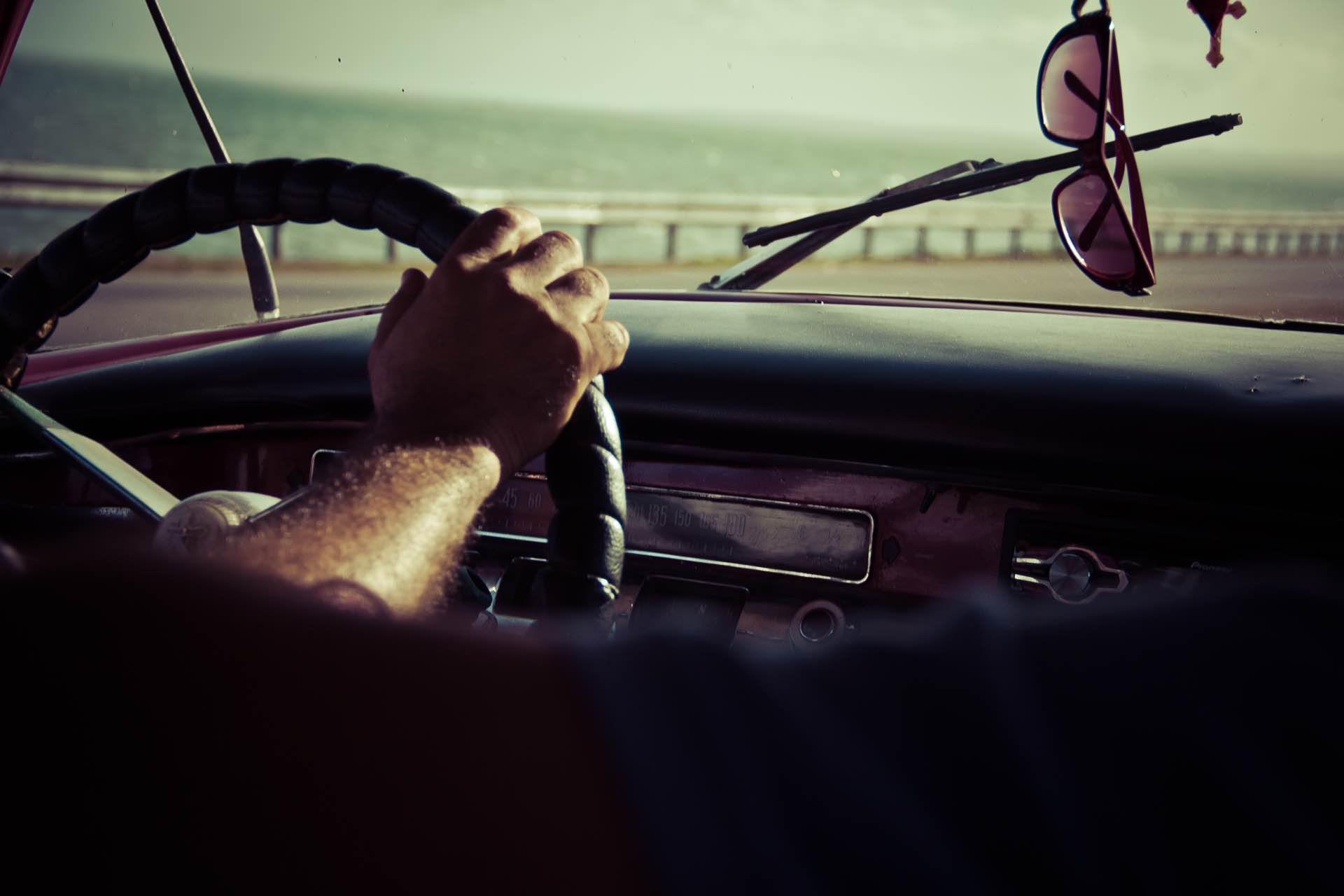 نصائح لقيادة السيارة بدون توتر او إجهاد